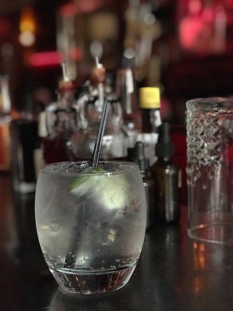 The Bar Shoppe & Lounge