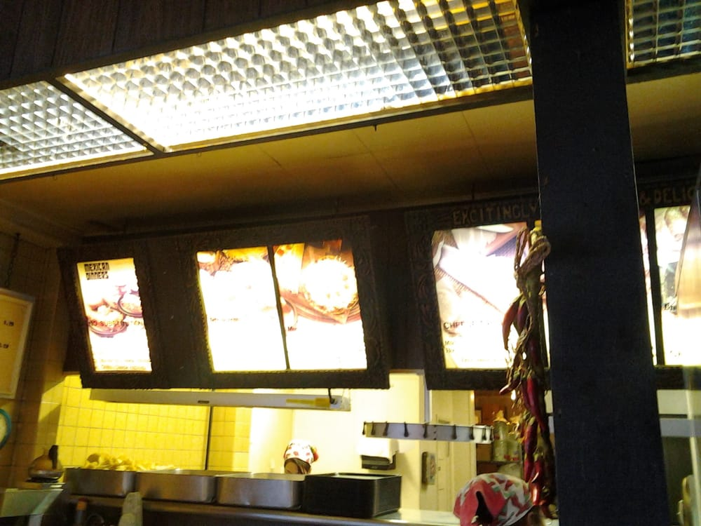 Zanz Mexican Restaurant: 1041 E Madison Ave, Mankato, MN