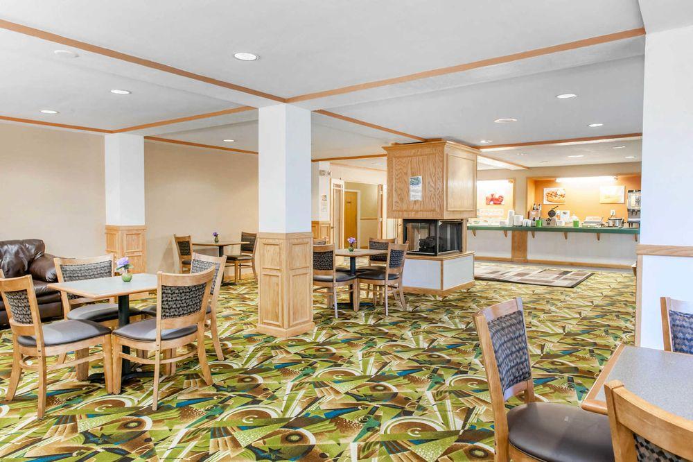 Quality Inn: 2075 East Tipton St, Seymour, IN