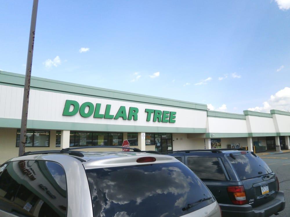 Dollar Tree: 4811 Edgmont Ave, Brookhaven, PA