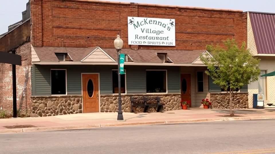 McKenna's Village Restaurant: 321 N Lincoln Ave, Lakeview, MI