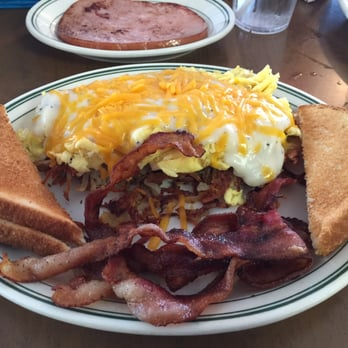 Country fare restaurant 12 reviews american new for 388 new american cuisine