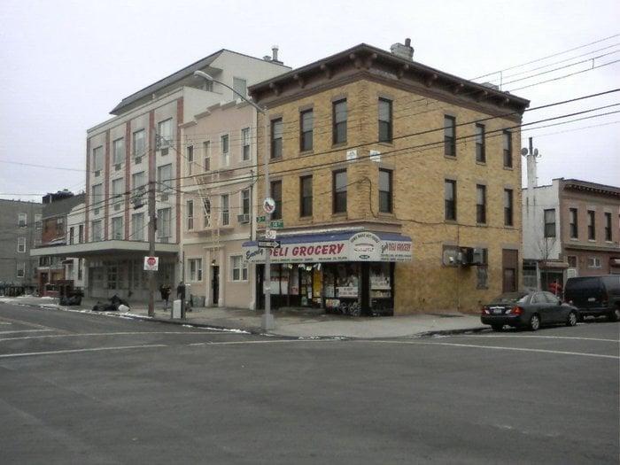 Emerly Deli: 1402 31st Ave, Astoria, NY