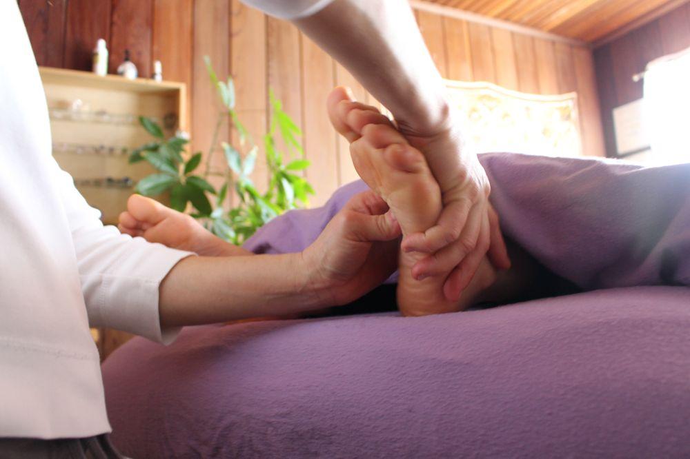 Shiatsu Bodywork Mindfulness: 434 Maple Ln, Garberville, CA