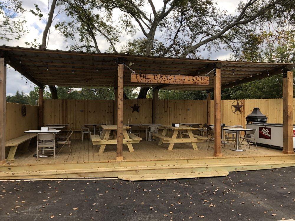Cotton's Corner: 11451 CR 4117, Berryville, TX