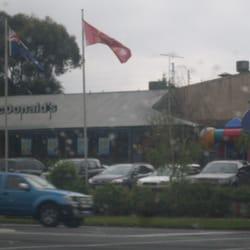 mcdonald s takeaway fast food 598 pascoe vale rd