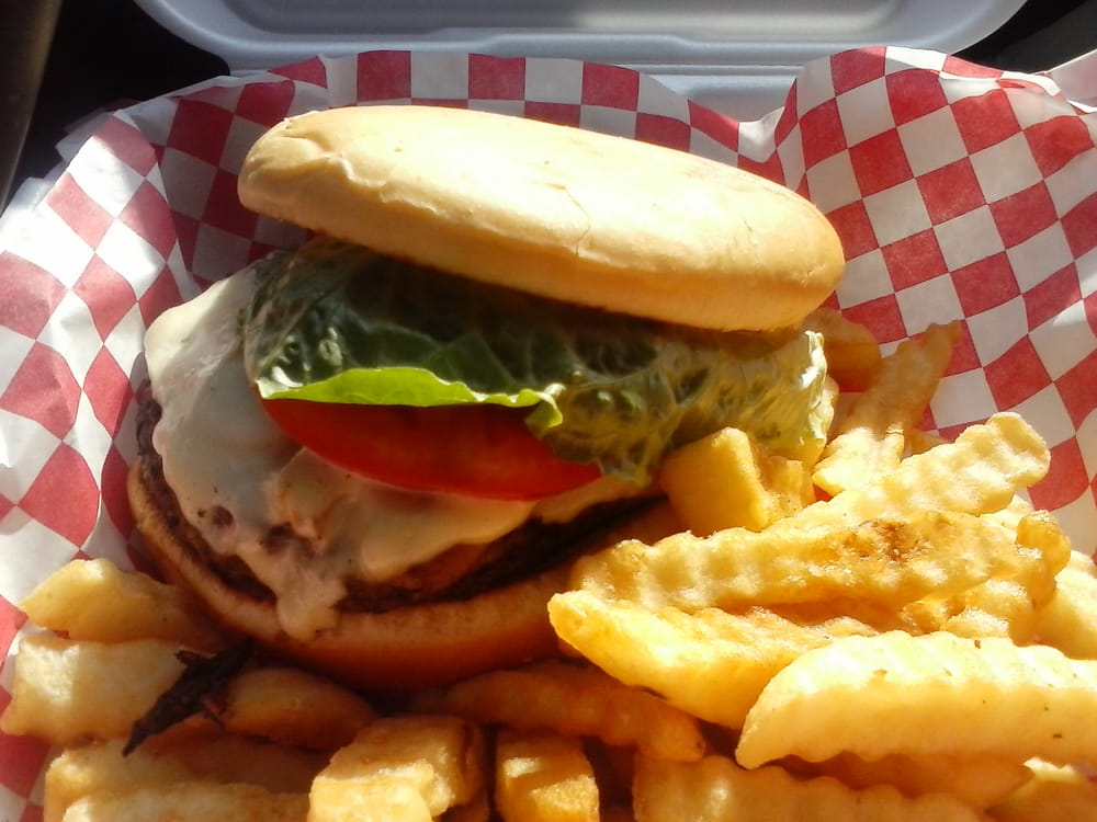 Bim Bam Burgers and Wings: 440 Highway 6 E, Batesville, MS