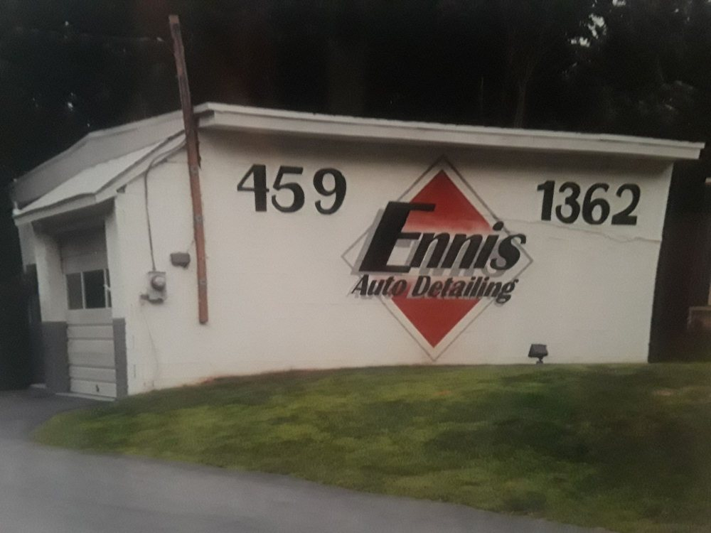 Ennis Auto Detailing: 104 W Baltimore Pike, Chester Heights, PA