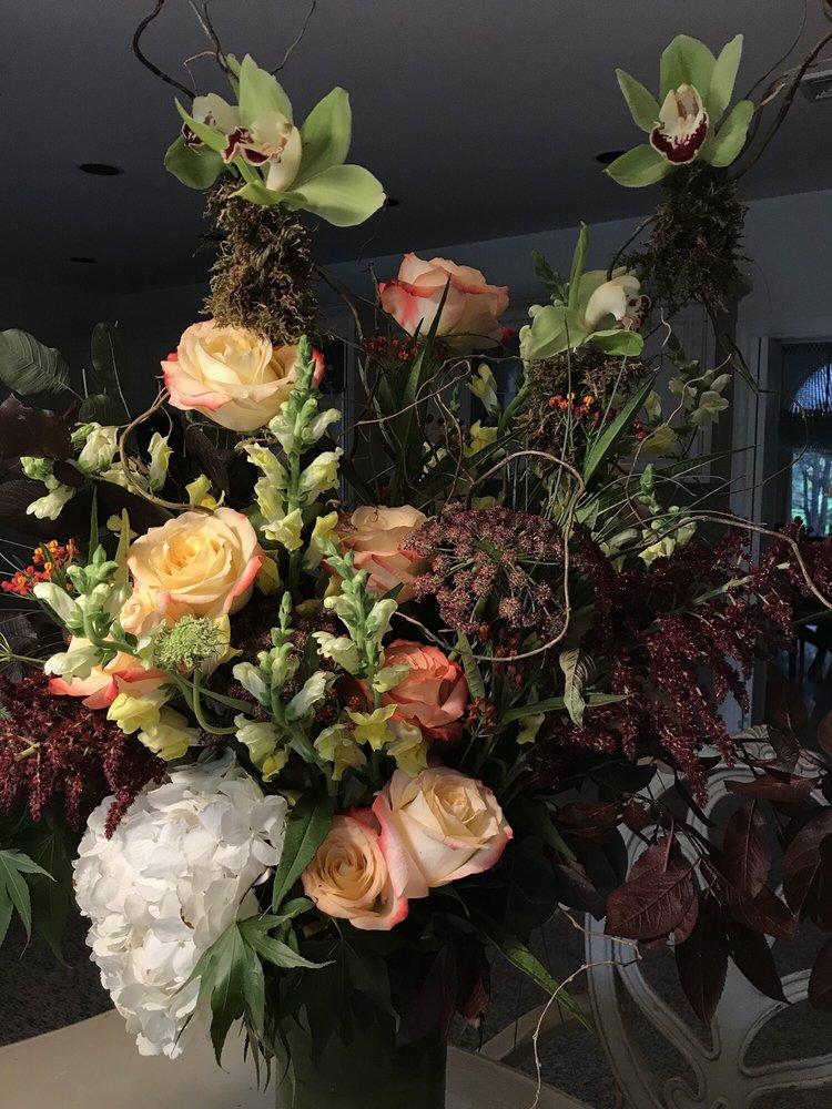 Flowers Flowers: 29 Union Ave, Cresskill, NJ