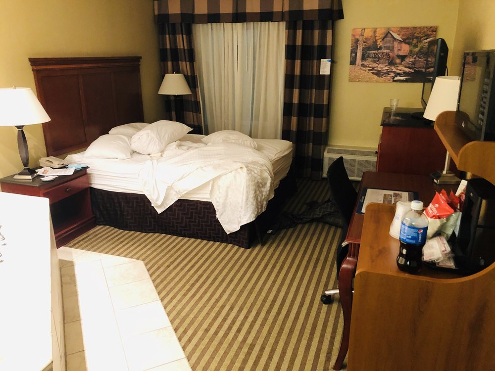 Best Western Plus Bridgeport Inn: 100 Lodgeville Rd, Bridgeport, WV