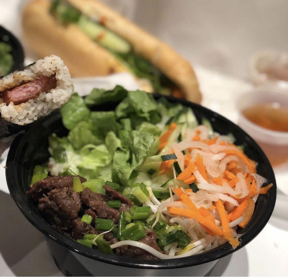 4 sisters asian snack bar: 43670 Greenway Corporate Dr, Ashburn, VA