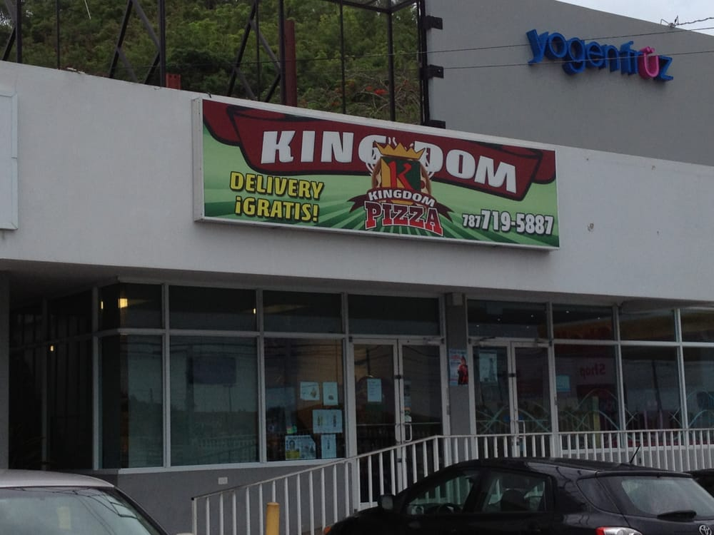 kingdom pizza: Calle Dr. Vidal, Humacao, PR