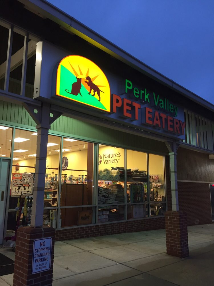 Perk Valley Pet Eatery: 130 W Main St, Trappe, PA