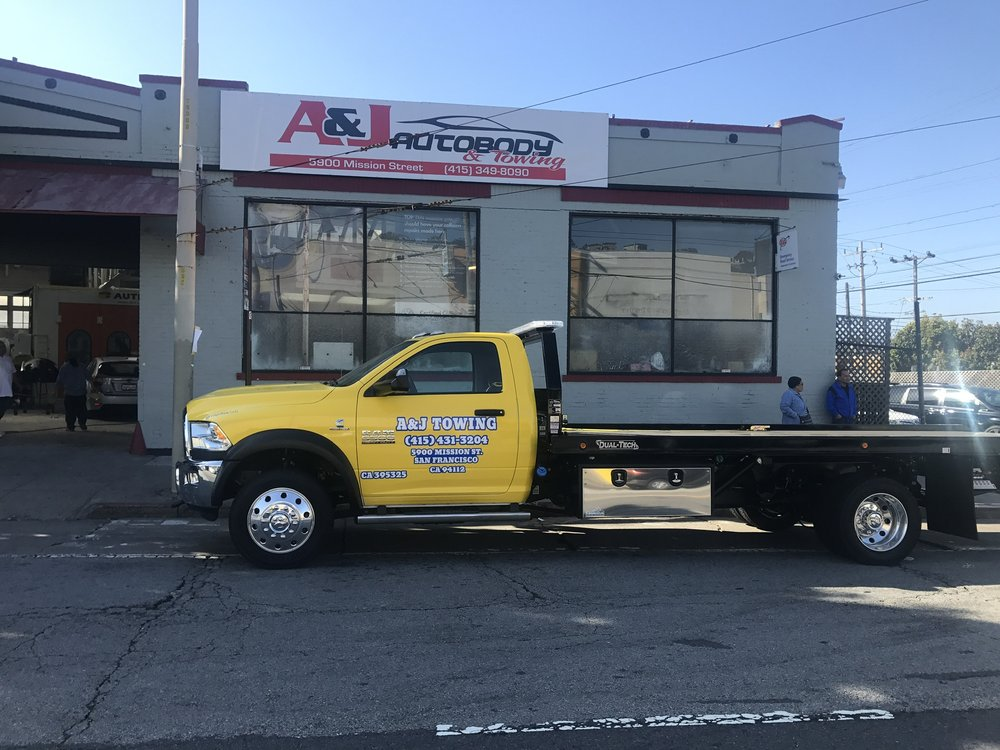 A & J Towing