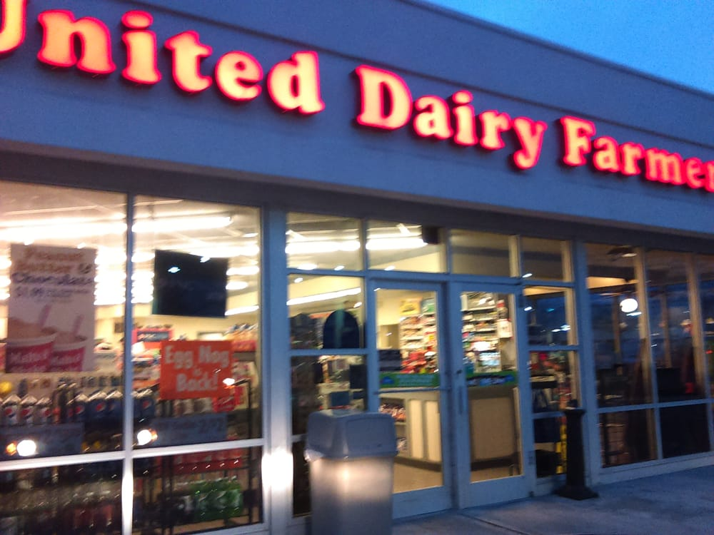 United Dairy Farmers: 101 N Cherry St, Marysville, OH