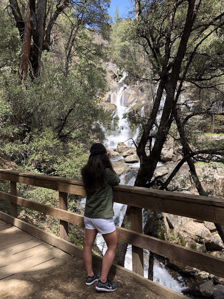 Lewis Creek Trail: Oakhurst, CA