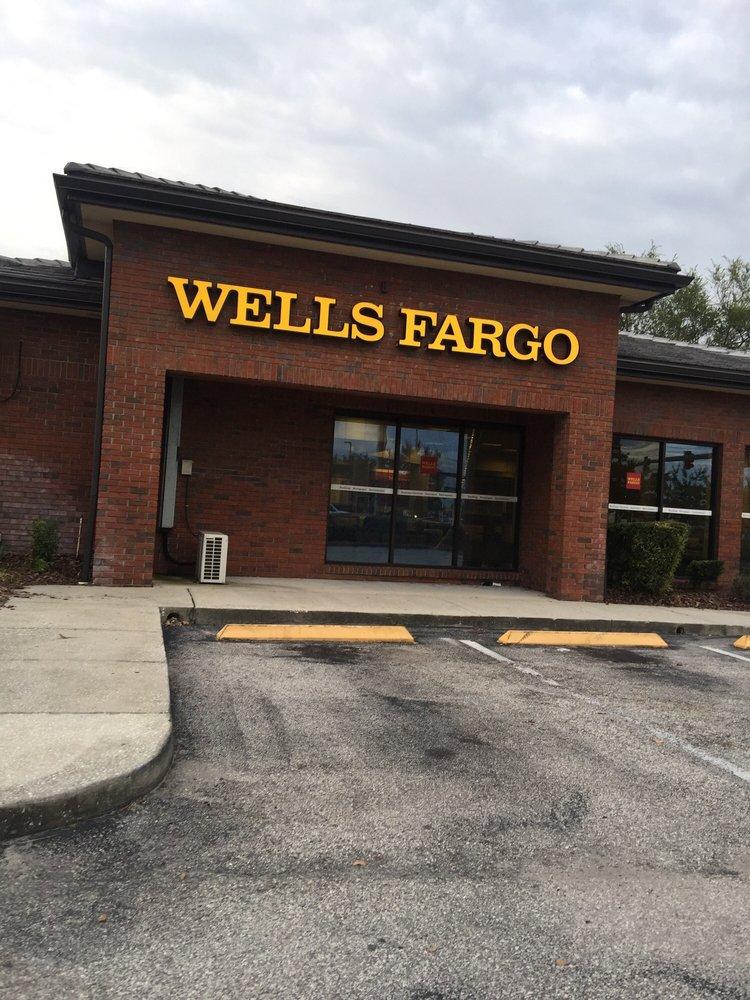 Die Wells Fargo Bank International, Frankfurt branch hat sich für Ihre Region, für Ihre Gemeinde, für Ihren Verein oder für Sie persönlich schon einmal stark engagiert? Wir finden ebenso wie Sie: Wenn das so ist, sollten das mehr Menschen wissen! Wir würden uns freuen, Ihre Meldung hier zu veröffentlichen!