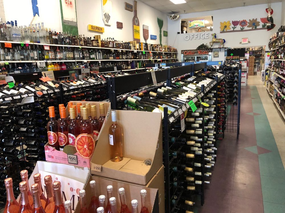 Town & Country Liquors: 330 Rt 212, Saugerties, NY