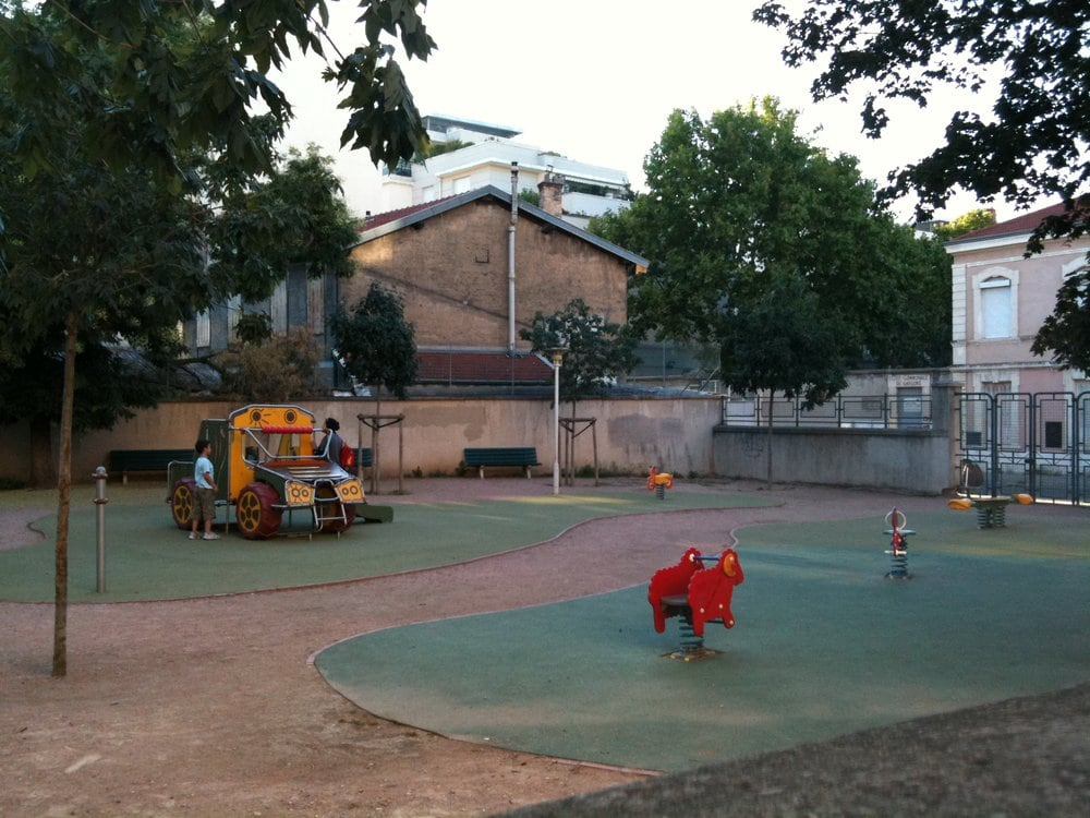 aire de jeux beguin parks 34 rue du beguin 7 me arrondissement lyon france yelp. Black Bedroom Furniture Sets. Home Design Ideas