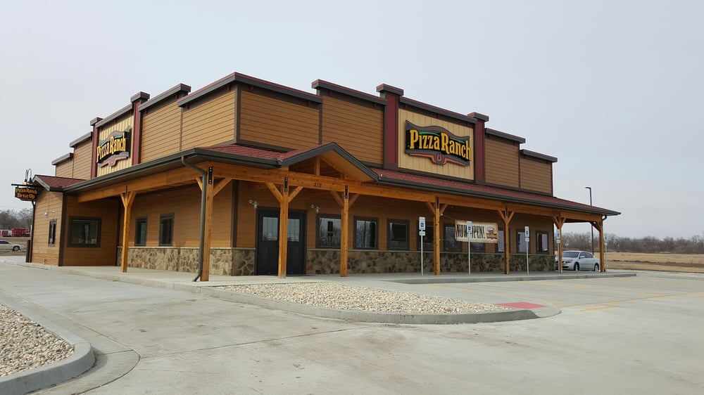 Pizza Ranch: 215 Che Dr, Maryville, MO