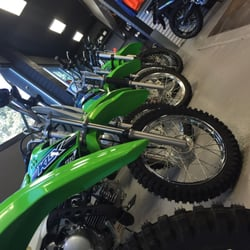 Full Throttle Powersports Yamaha-Kawasaki - Motorcycle Dealers - 240