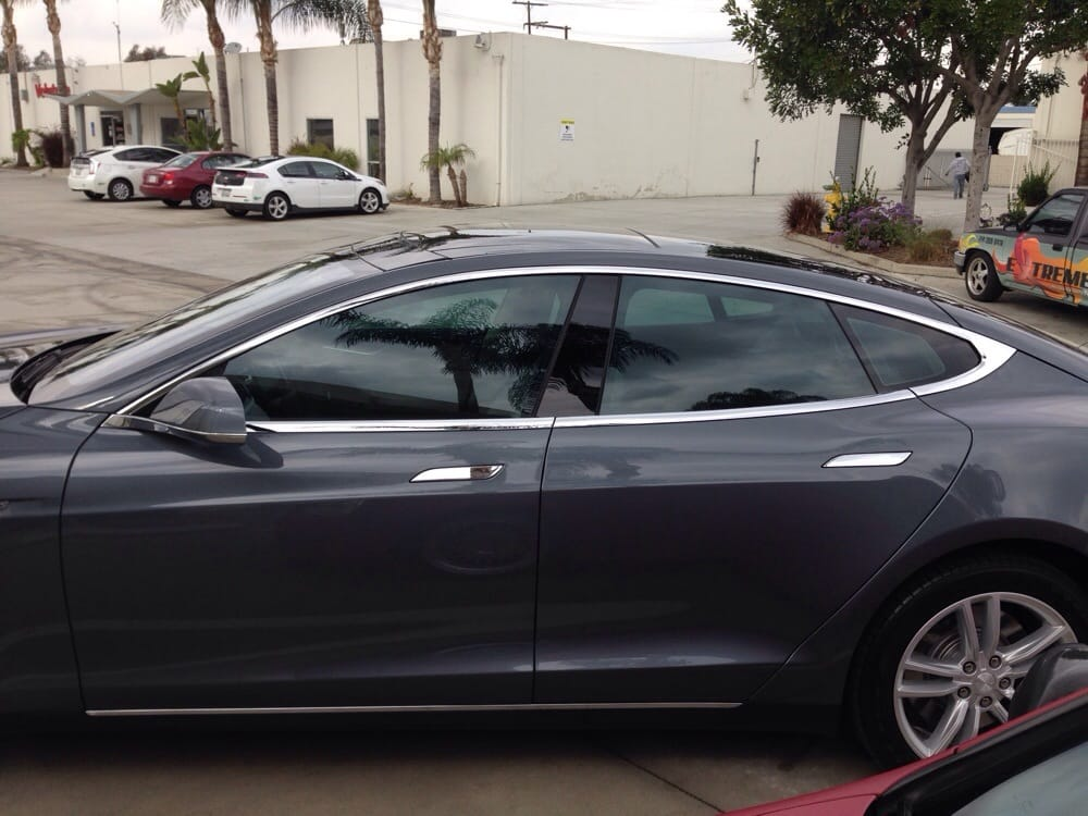 2014 Tesla Model S with Prestige Spectra PhotoSync 45 tint