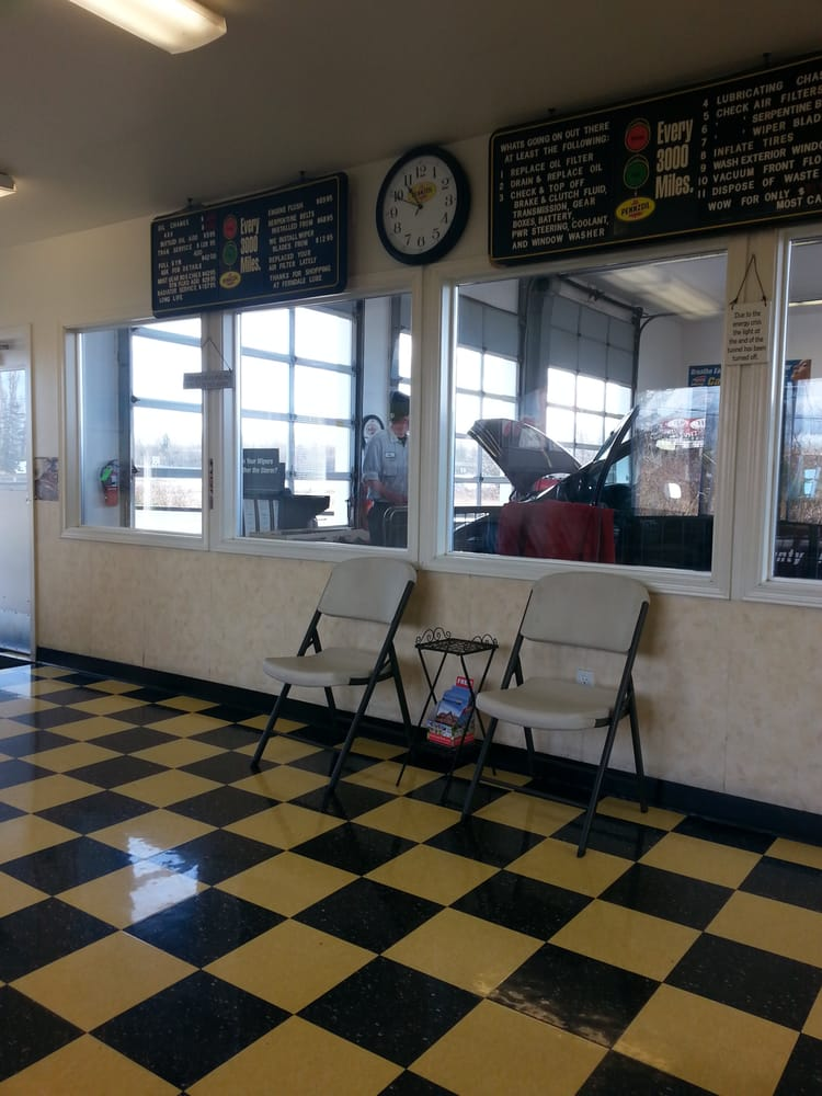 Ferndale Lube: 5585 Labounty Dr, Ferndale, WA