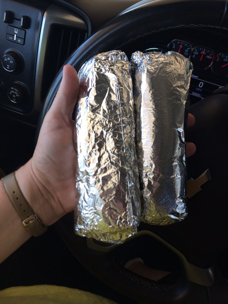 Mi Familia Mexican Restaurant: 601 N Swenson St, Stamford, TX