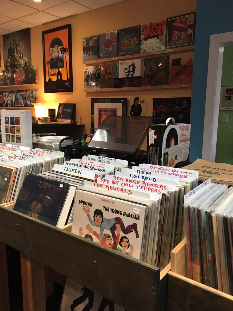 Vinyl Daze Records