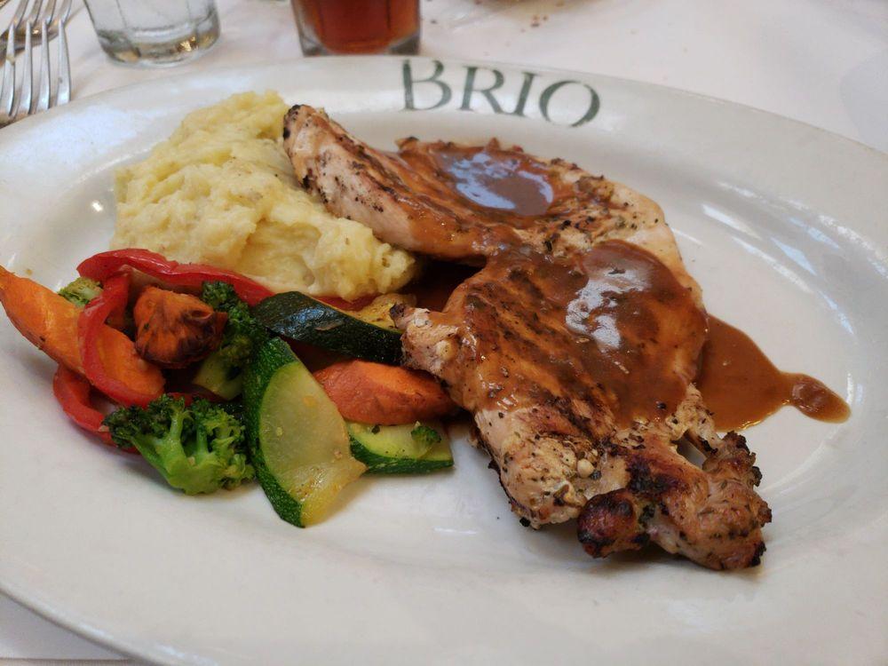 Brio Tuscan Grill: 1 Levee Way, Newport, KY