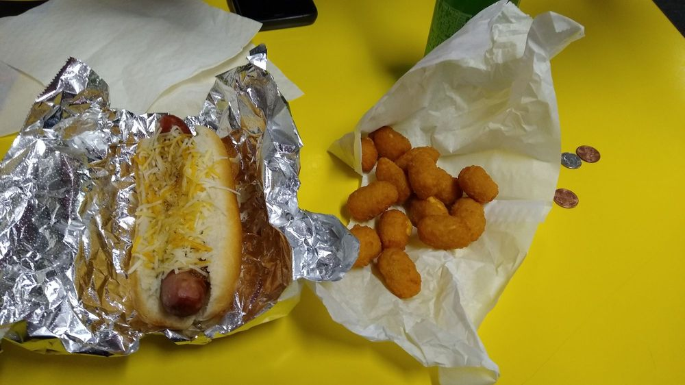 Food from Hot Dog Charlies