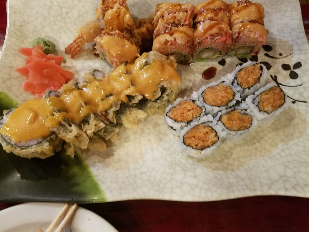 Kenzo Japanese & Asian Fusion: 1495 Lincoln Way E, Chambersburg, PA