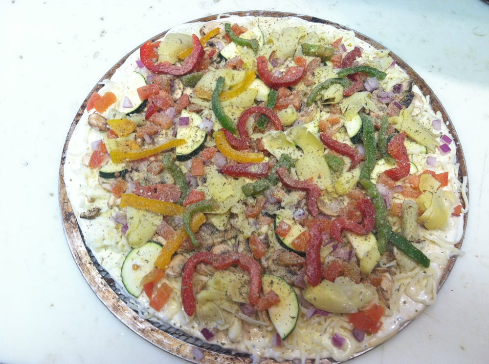 Veggie Pizza Good For Vegetarians Also Monday Thursday There Will Be Buffet During Lunch