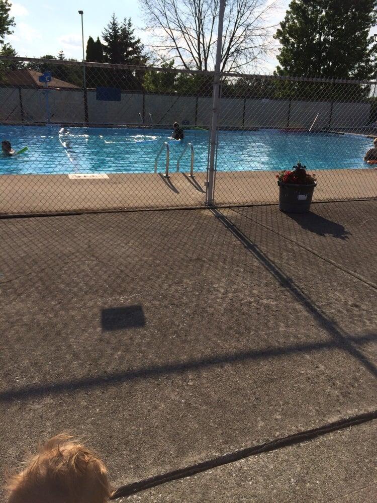 Brfa Pool Piscine 12150 14246 Brementowne Dr Tinley Park Il Stati Uniti Yelp