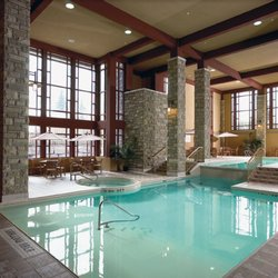 Five lakes spa aveda at doubletree spa 6039 fallsview for Pool spa show niagara falls