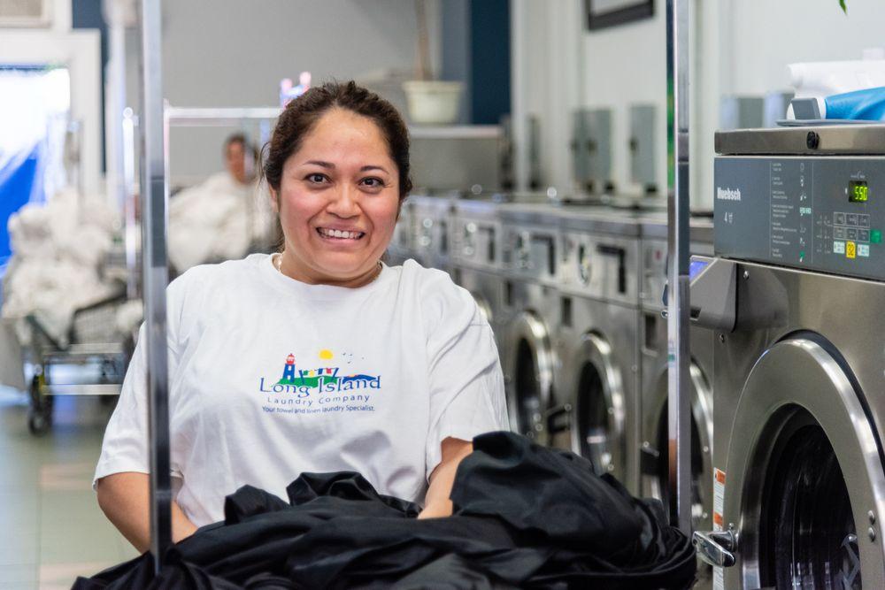 Long Island Laundry Company: 61 Glen St, Glen Cove, NY