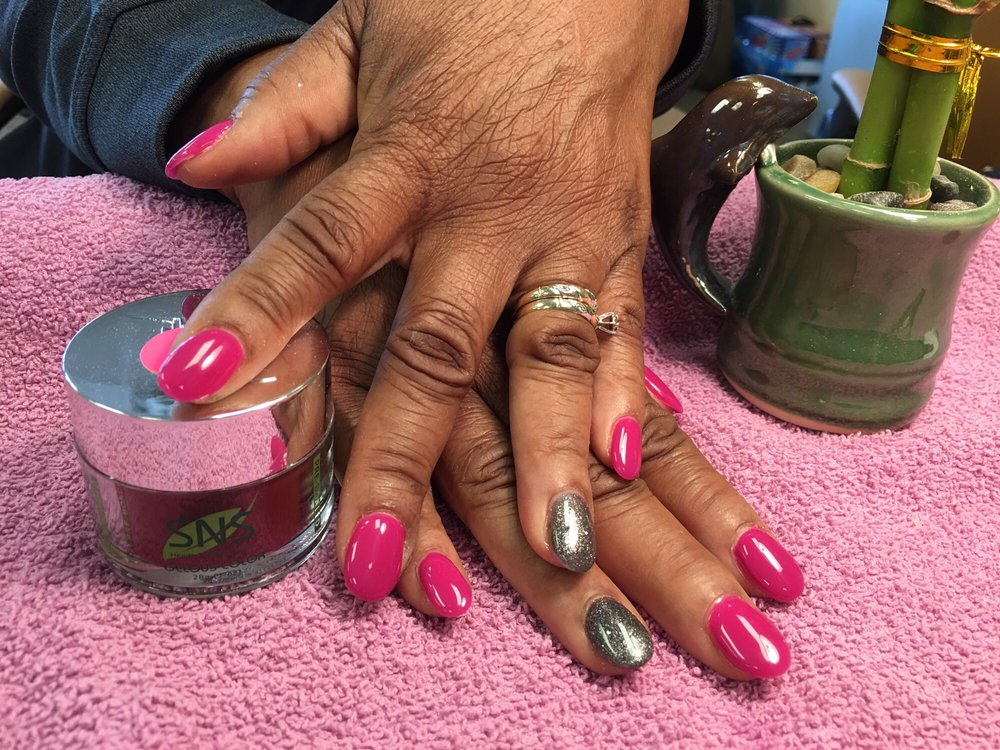Top Nails & Spa