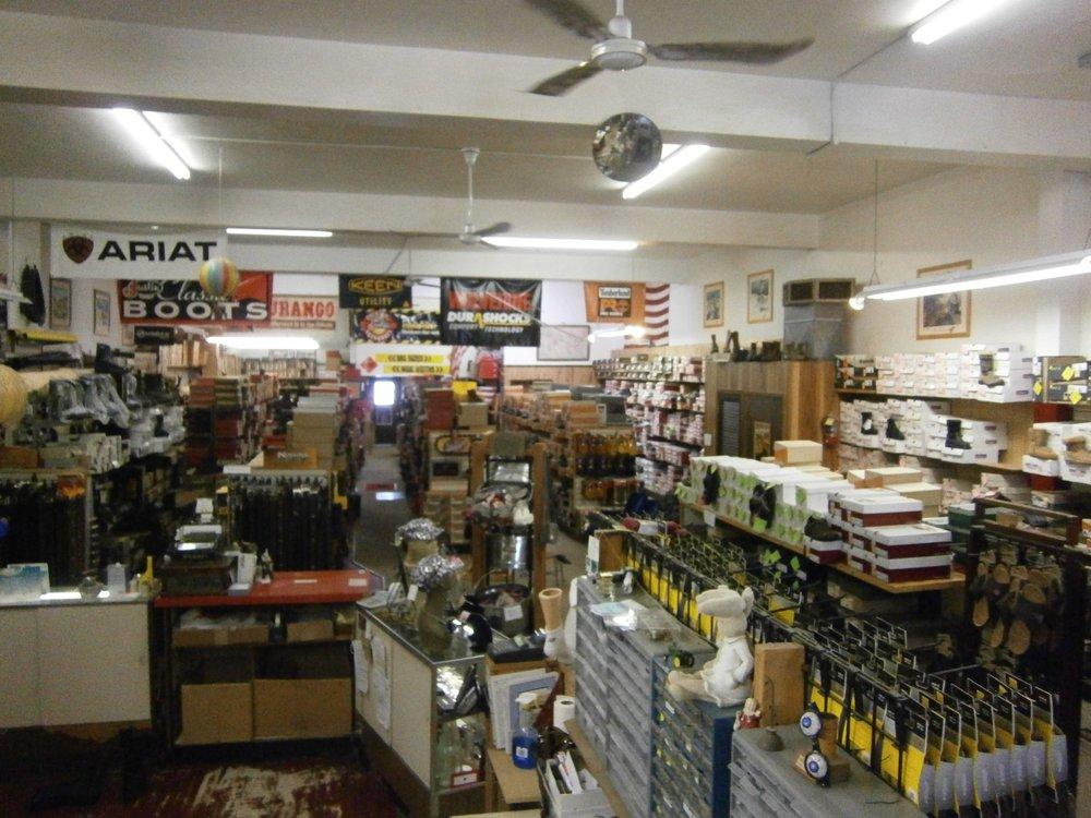 Frank's Shoe Repair: 943 3rd Ave, Windom, MN
