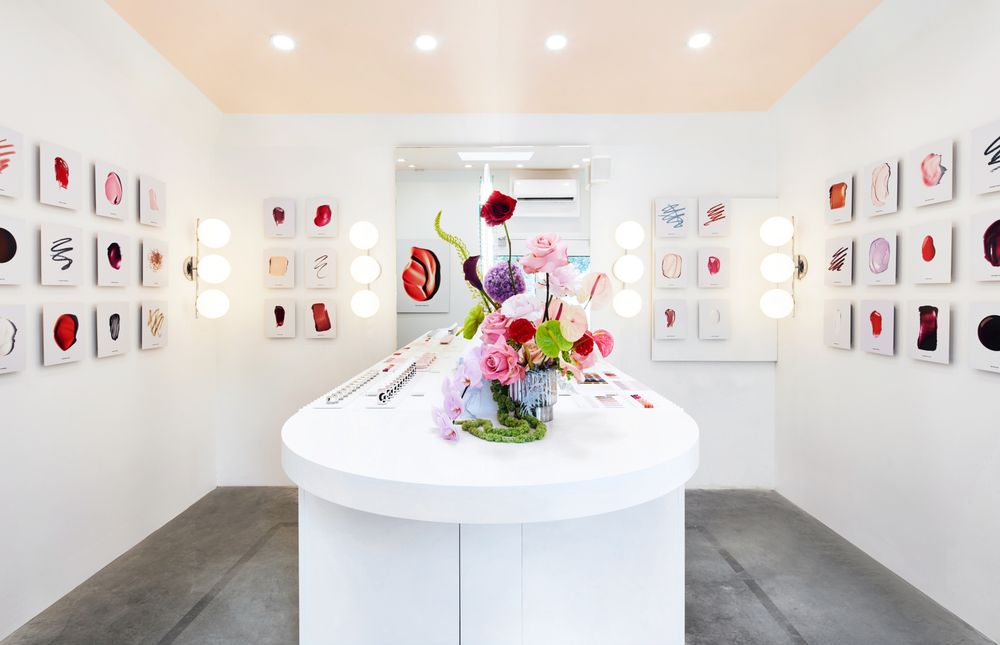 Glossier: 85 Northern Ave, Boston, MA