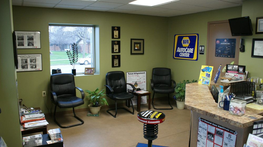 Earl's Repair: 1250 Front St, Casselton, ND