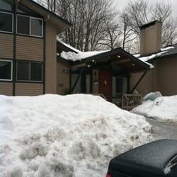 Christmas Tree Inn - Hotels - 2440 Sugarbush Access Rd, Warren, VT ...