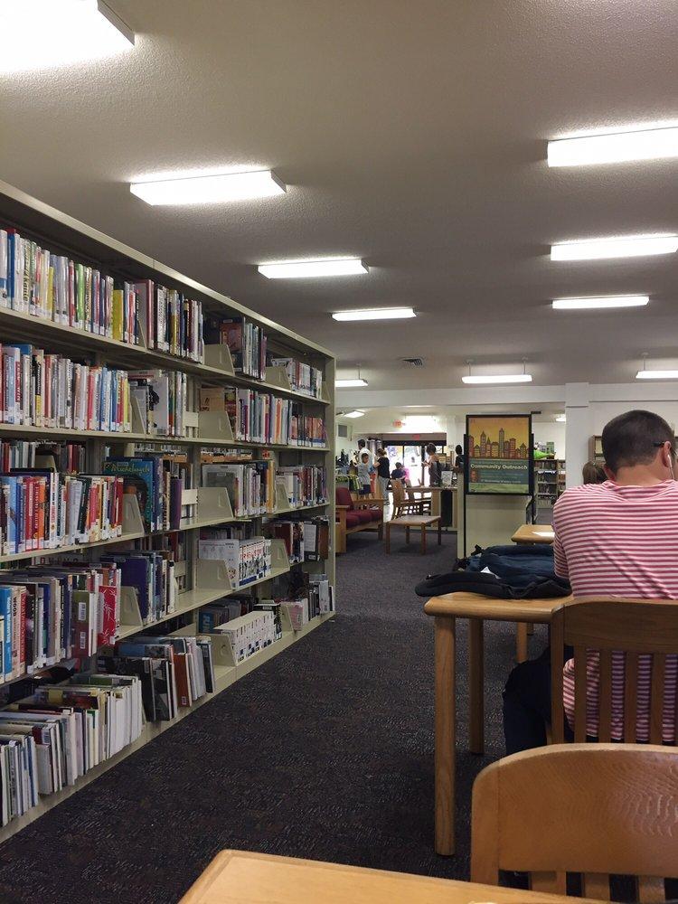 Miami-Dade Public Library System - Miami Lakes Branch