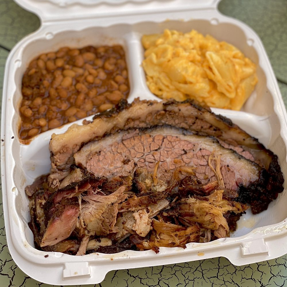All The Smoke Barbecue: 64 1/2 Market St, Clifton, NJ