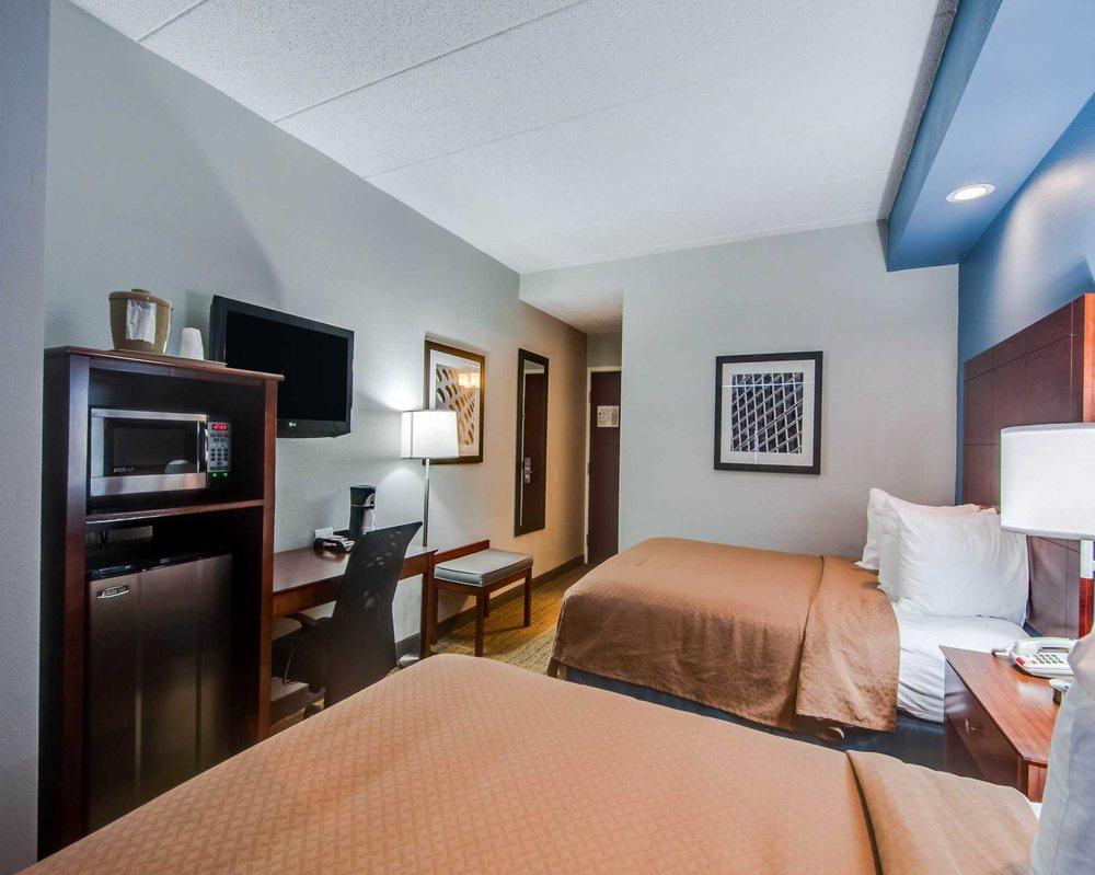 Quality Inn & Suites: 200 Frontier Drive, Staunton, VA