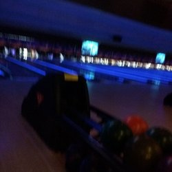 Cosmic bowling overland park