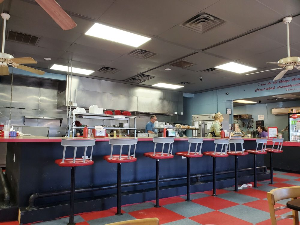 Carolina Diner: 1016 Jamestown Rd, Morganton, NC