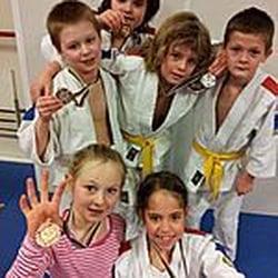 c78cbe934cd Salomons Sportschool - Sportscholen - Blooksven 10, Zaandam, Noord ...