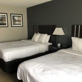 Clarion Hotel Lake Erie - 30 Photos & 21 Reviews - Hotels