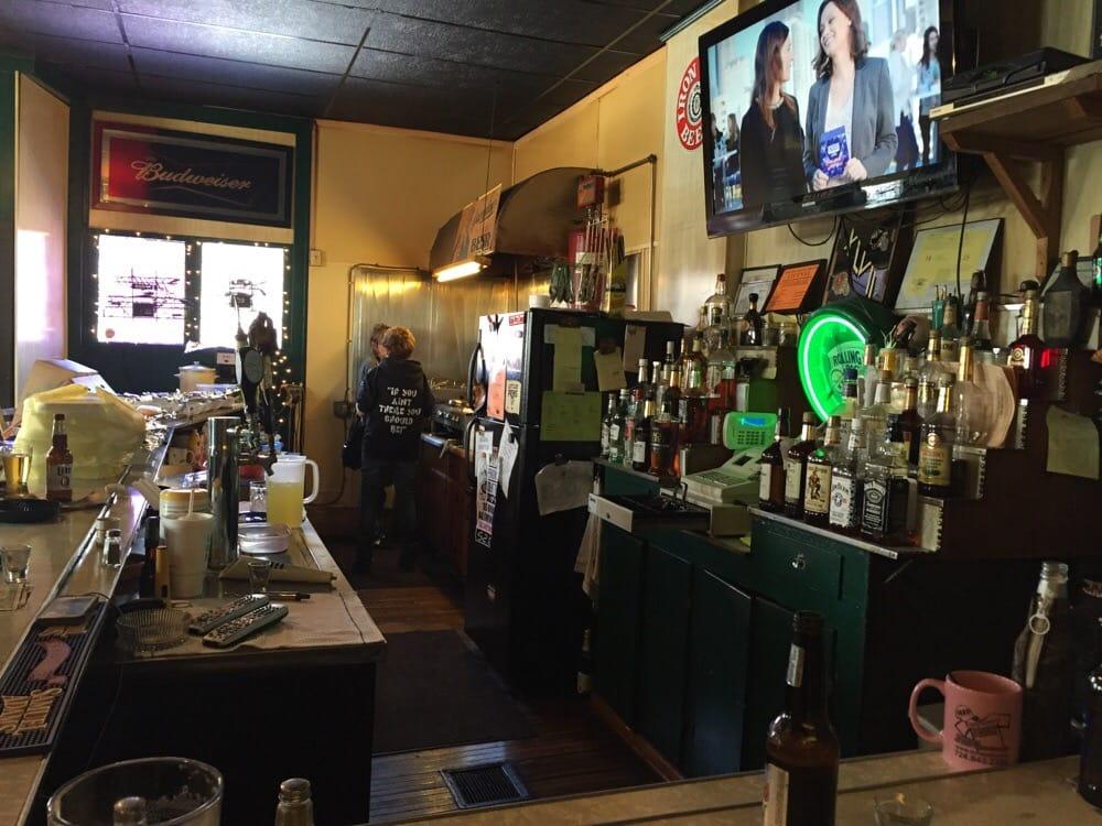 Turf Bar: 1511 Moravia St, New Castle, PA