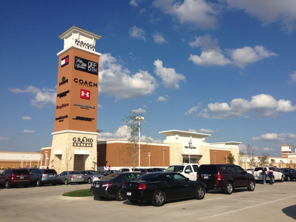 Grand Prairie (TX) United States  City new picture : ... of Grand Prairie Premium Outlets Grand Prairie, TX, United States